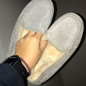 Suede uggs size 6